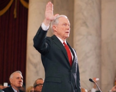 Jeff_Sessions_hearing_swearing_in